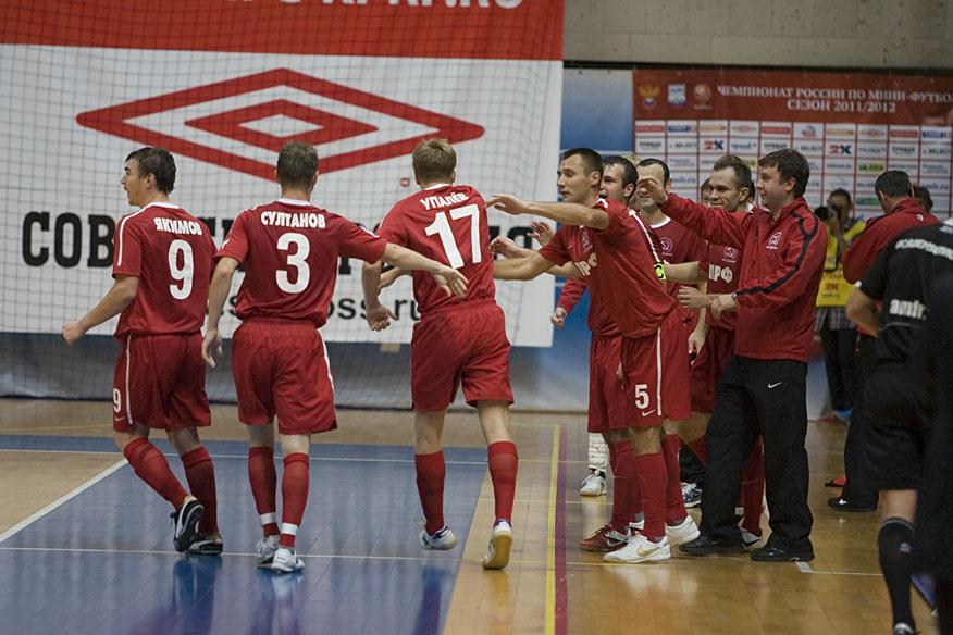 Первый матч КПРФ в Суперлиге