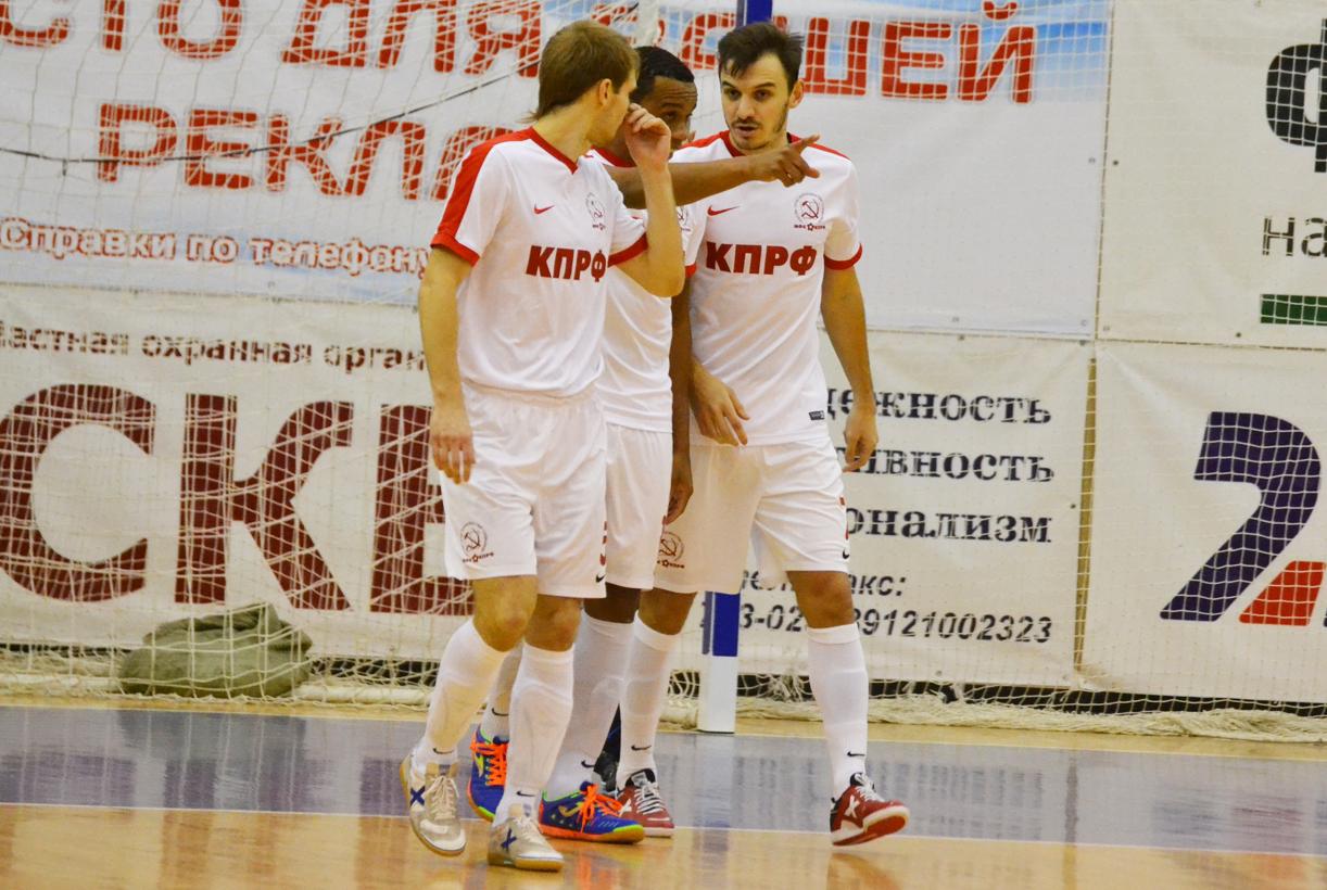 Фотоотчет о первом матче «Ухта» - МФК КПРФ
